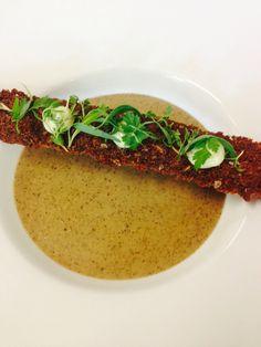 Mushroom soup - Rye bread - tarragon