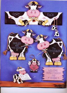 Decorative and Tole Painting Books Tole Decorative Paintings, Tole Painting Patterns, Craft Patterns, Cow Pattern, Pattern Books, Cow Ornaments, Cow Craft, Country Paintings, Painted Books