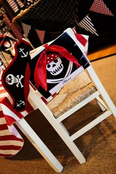 Great way to Help Students find chair on First Day of School...cute Hats! I plan to use pirate hats for celebrating each child's birthday.