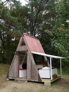This cabin, with all new materials, only costs $1200 to make. $1500 if you wanted to insulate it for year round use. A larger version, using 16′ rafter cou