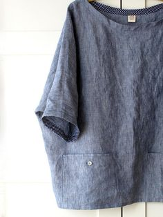 Grey linen pockets