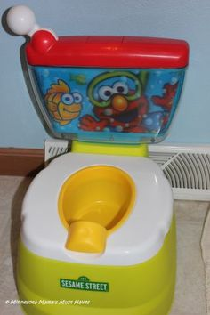Kolcraft Elmo   Win Sesame Street Elmo Adventure Potty Chair Valued at $30 from Minnesota Mama's Must Haves! Ends 12/3