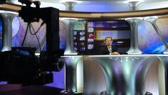 """Canal Plus : moins de politique et """"Les Guignols"""" cryptés ? Le cadeau de Bolloré à Sarkozy - le Plus"""