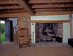 Now that's a cooking hearth. Primitive Fireplace, Primitive Homes, Faux Fireplace, Fireplace Ideas, Historical Architecture, Interior Architecture, Hearths, Fire Places, Old Barns