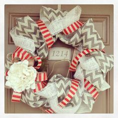 Burlap Wreath - need to find someone to make me one of these for me!