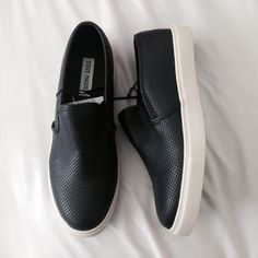 Nwt Steve Madden slip ons Brand new and 100% authentic have 8,8.5,and 9 available price is firm Steve Madden Shoes