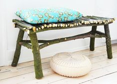 DIY bench. It's not the most sturdy construction, but I do like the idea.