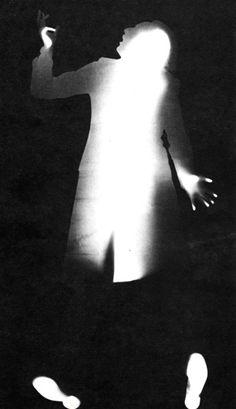 Contatto con la superficie sensibile: Gino De Dominicis, 1971, bianco e nero