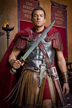 Spartacus: Vengeance. Claudius Glaber.