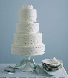all-white-lace-wedding-cake.jpg (470×538)