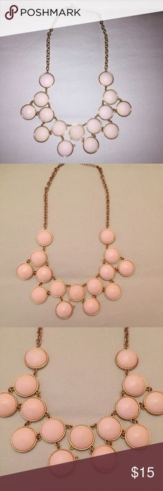 White statement necklace Cute white statement necklace Francesca's Collections Jewelry Necklaces