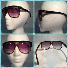BRAND NEW ALEXANDER MCQUEEN SUNGLASSES BRAND NEW AUTHENTIC ALEXANDER MCQUEEN BROWN PLASTIC WITH GOLD HARDWARE SUNGLASSES.4195-S. COMES WITH ORIGINAL CASE Alexander McQueen Accessories Sunglasses