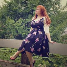 ⬇️ Floral Print Retro Inspired Dress (Plus Size) Beautiful navy blue A-line retro style dress with full circle skirt. Worn once for photo shoot. Tagged as a 3X but runs small. Queen of Heartz Dresses