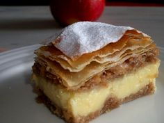 Pita sa vanilija pudingom i jabukama