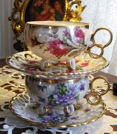 Two tea cups Antique Tea Cups, Antique Dishes, Vintage Dishes, Vintage Tea, Vintage China, Teapots And Cups, Teacups, China Tea Sets, My Cup Of Tea
