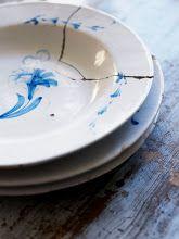 blue and white.still beautiful Scandinavian Interior Design, Scandinavian Furniture, Swedish Design, Arched Interior Doors, Simple Designs, Cool Designs, Swedish Decor, Clay Plates, Kintsugi