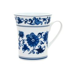 Make tea a ritual with these Asian Garden mugs. Regally decorated in Ming blue and white, this set of four porcelain mugs makes a thoughtful gift for any occasion--or, to start your own Asian Garden collection!