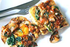 Spiced Mushroom-Spinach Baked Eggs I cupcakesncurries.wordpress.com