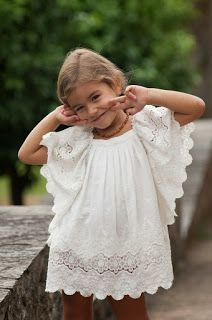 Valentina en su mundo...: I have to get this gorgeous girls lace dress! A mission to start now.