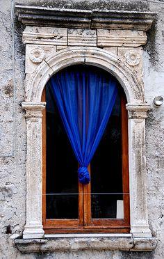 Sermoneta - Finestra by bruno brunelli, via Flickr