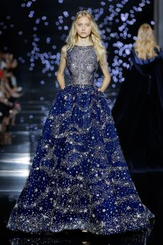 Star Catcher Zuhair Murad, F/W 2015-2016 kind of reminds me of a Dior gown that Audrey Hepburn wore