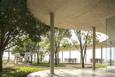 Sede do Centro Equestre da Fazenda Boa Vista / Isay Weinfeld © Fernando Guerra | FG+SG