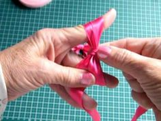 Como hacer lazos con los dedos