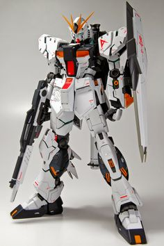 MG 1/100 Nu Gundam Ver. Ka - Customized Build