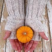 Basic Fingerless Gloves - via @Craftsy