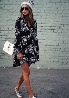 Schwarzes Kleid kombinieren: cooler Stilmix