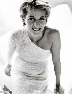 Princess Diana {not perfect~but~perfectly beautiful}