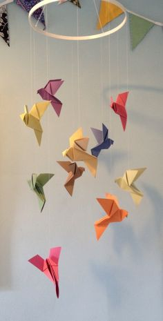 1000 ideas about origami mobile on pinterest crane mobile origami and paper crane mobile. Black Bedroom Furniture Sets. Home Design Ideas