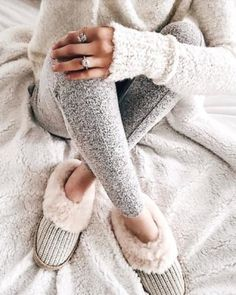 20 Trendy Ideas For Home Cozy Outfit Lounge Wear Winter Outfits For School, Winter Outfits For Work, Casual Winter Outfits, Casual Wear, Hipster Outfits, Hipster Clothing, Rock Outfits, Leggings, Lounge Wear