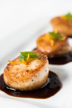 Have these elegant Orange-Soy Glazed Scallops on the table in just 15 minutes! Have these elegant Orange-Soy Glazed Scallops on the table in just 20 minutes! Fish Dishes, Seafood Dishes, Fish And Seafood, Seafood Recipes, Dinner Recipes, Cooking Recipes, Healthy Recipes, Healthy Scallop Recipes, Clam Recipes