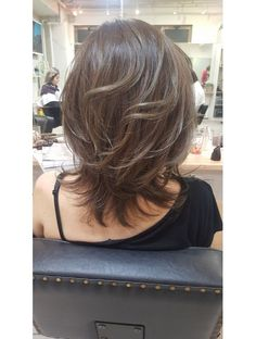 hairstyles for thin hair medium Layered Haircuts For Medium Hair, Long Bob Haircuts, Short Hair With Layers, Long Hair Cuts, Medium Hair Styles, Short Hair Styles, Hair Medium, Thin Hair, Hair Designs