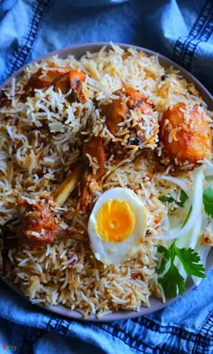 Veg Recipes, Lunch Recipes, Indian Food Recipes, Chicken Recipes, Dinner Dishes, Food Dishes, Briyani Recipe, Shrimp Recipes For Dinner, Bengali Food