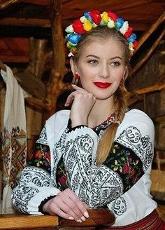 How to meet Eastern European brides? Women from Ukraine and Russia are looking for good, honest and reliable men like you! Find your love easy! Ukraine Women, Ukraine Girls, Folk Fashion, Ethnic Fashion, 3d Foto, Costumes Around The World, Ethno Style, Folk Clothing, Beautiful Costumes