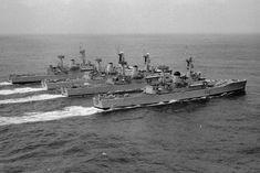 Naval History, Military History, Royal Navy Frigates, Model Warships, Navy Day, Navy Aircraft Carrier, Capital Ship, British Armed Forces, Cool Boats