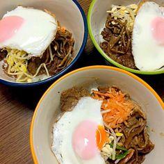 目玉焼きをのせてみました。 - 10件のもぐもぐ - 焼肉ビビンバ丼 by senko