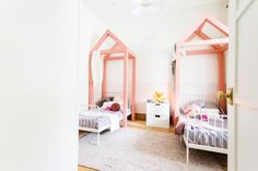 Kids room l Pink cubby houses above bed l Grand Finale! Reno Rumble Week 6 Full House Reveal