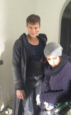 """""""@VaunWilmott: Our Archangel getting a touch up... AND smiling. Again."""" Now I'M smiling too #Dominion :)"""