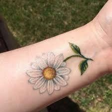 Afbeeldingsresultaat voor daisy tattoo