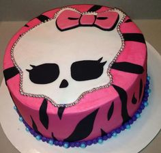 Monster high cake - simple, could just use wafer paper for skull