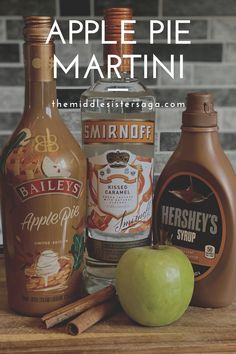 Using Bailey's new apple pie liqueur, this martini is the perfect way to get in the fall spirit. #baileys #baileysapplepie #appliepiemartini #fallcocktail #fallmartini #cocktail #martini Baileys Martini Recipe, Baileys Cocktails, Baileys Recipes, Vodka Recipes, Martini Recipes, Alcohol Drink Recipes, Apple Pie Recipes, Cocktail Recipes, Halloween Drinks