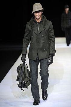 Need different weather Armani Men, Giorgio Armani, Emporio Armani, High Fashion, Mens Fashion, Fashion Outfits, Italian Fashion Designers, Casual Wear, Menswear
