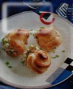 Heerlijke zelfgemaakte soesjes met een hartige tonijnvulling. Goed voor te bereiden dus een prima buffetgerecht of borrelhapje. Was afgelopen zaterdag een...