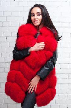 Classy Casual, Classy Outfits, Fur Jacket, Fur Coat, Fur Fashion, Womens Fashion, Red Fur, Fur Clothing, Blond