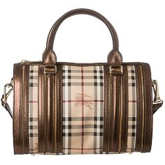 Burberry (23% DISCOUNT)