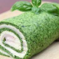 Fotografie receptu: Špenátová roláda se sýrovou náplní
