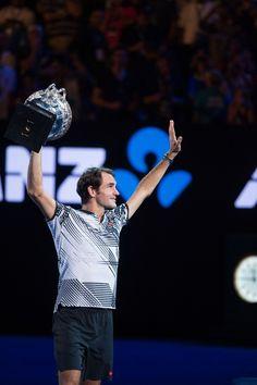 Roger Federer Breaks Record